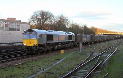 66749 Basingstoke 12/01/16 4Y19 Mountfield to Southampton Western Docks