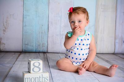 July 2016 - Izzy 8 months