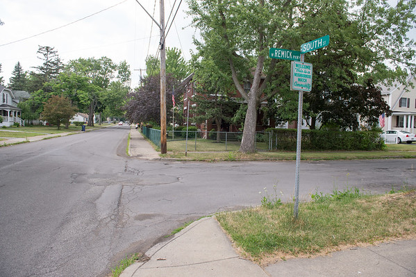 JOED VIERA/STAFF PHOTOGRAPHER- Lockport, NY-The corner of West Remick Parkway and South Street.