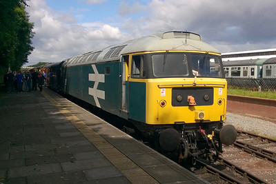 47292 is seen at Ruddington Fields after arriving with 1D02 0951 from Loughborough High Level (02/07/2016)