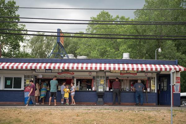 JOED VIERA/STAFF PHOTOGRAPHER- Lockport, NY-People line up outside of Reid's.