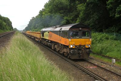 66849 Oakley 22/06/16 6Y42 Hoo Junction to Eastleigh