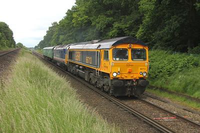 66713 Oakley 22/06/16 5Y50 Tonbridge to Eastleigh with 50026