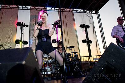 Material Girl at Pridefest 06.04.16