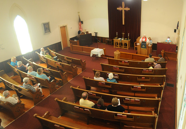 MET 061916 CHURCH INT