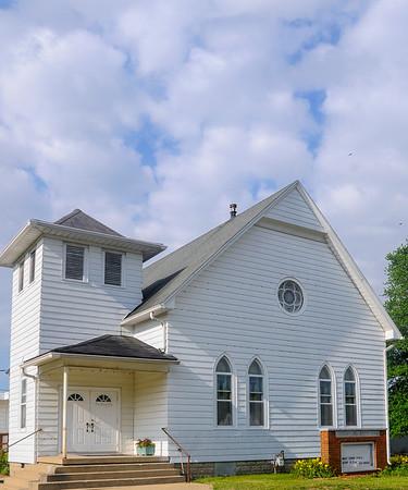 MET 061916 CHURCH EXT
