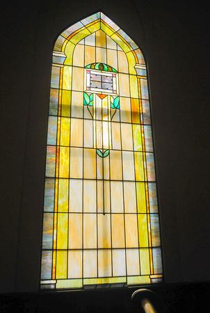 MET 061916 CHURCH WINDOW