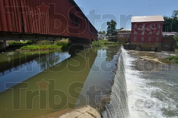 MET060916 trip book bridge dam