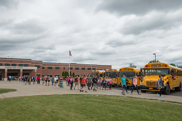 JOED VIERA/STAFF PHOTOGRAPHER-Pendleton, NY-Starpoint students leave at the end of the school day.