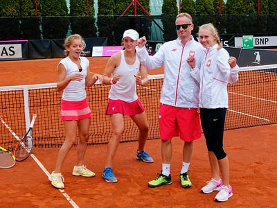 01.01g Happy after winning final - Team Poland - Junior Davis and Fed Cup Finals 2016