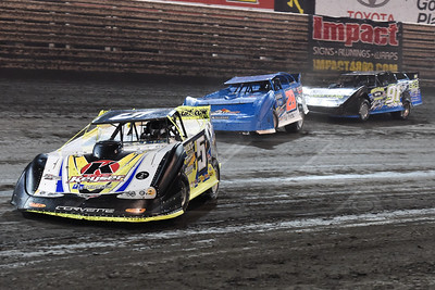 Brandon Sheppard (B5), Dennis Erb, Jr. (28) and Tyler Erb (91)