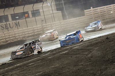 Jonathan Davenport (6), Dennis Erb, Jr. (28), Tim McCreadie (39) and Kyle Bronson (40B)