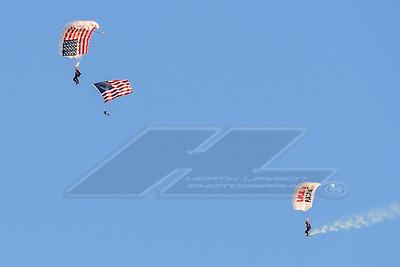 Pre race skydivers