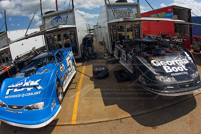 Don O'Neal (5) and Darrell Lanigan (15)