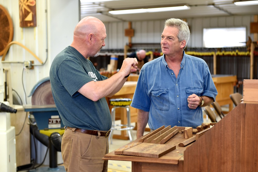 Making a Federal Style Dovetailed Blanket Chest with Headley & Hamilton
