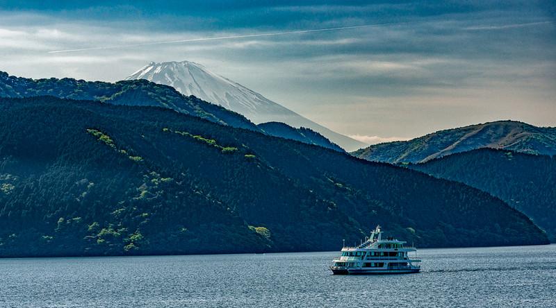 Mt Fuji - Lake Ashinoko