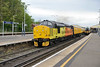 9 May 2016 :: 37175 in T&T formation with 37254 thunders through Basingstoke working 1Q51 from Derby to Eastleigh