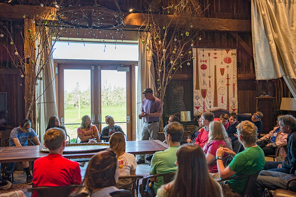 JOED VIERA/STAFF PHOTOGRAPHER-Olcott, NY-Tom Szulist talks to Newfane High School students at Singer Farms.