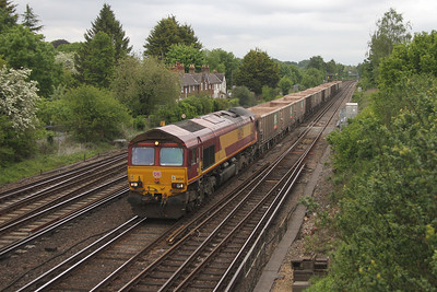 66124 Worting Junction 25/05/16 7V12 Woking to Merehead