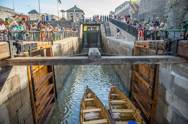 JOED VIERA/STAFF PHOTOGRAPHER-Lockport, NY-The first boats in a hundred years pass through locks at the Flight of Five.