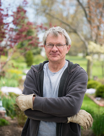 JOED VIERA/STAFF PHOTOGRAPHER-Lockport, NY- Tom Homme works on his garden.