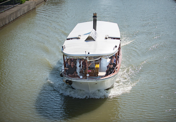 JOED VIERA/STAFF PHOTOGRAPHER-Lockport, NY-A Lockview cruise goes under the Exchange Street Bridge.