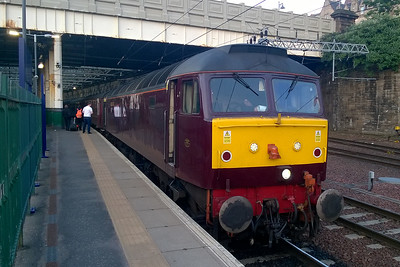 Later that evening 47832 pauses at Edinburgh Waverley with 1Z36 1630 Whitby - Gourock. The loco was in charge of the train for the bulk of the return journey once '854 had reached the reversal point at Battersby (28/05/2016)