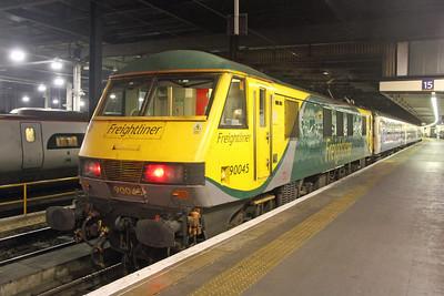 90045 London Euston 21/11/16