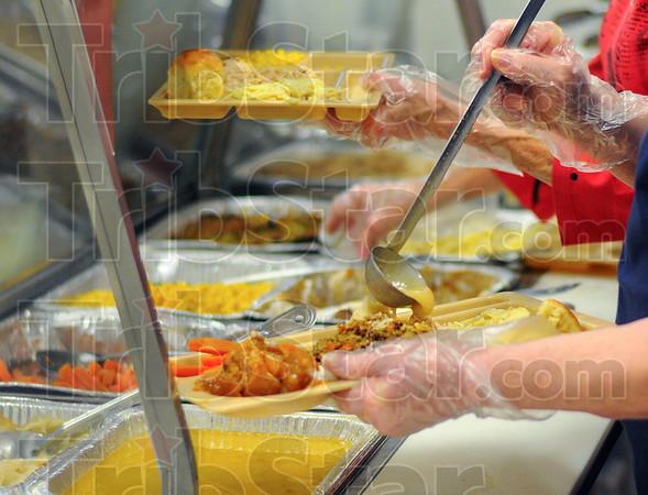 MET 112416 FOOD CLOSE