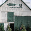 MET 112716 HOLIDAY HILL