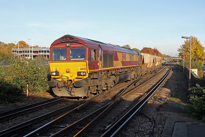 66025 Basingstoke 31/10/16 6O81 Southall to Eastleigh East Yard