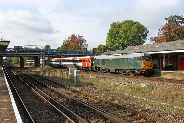 31454 Hook 21/10/16 5L46 Eastleigh to Ely Papworth Sidings with 2405