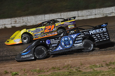 Scott Blomquist (0) and Billy Moyer, Jr. (21JR)