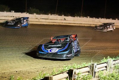 Scott Bloomquist (0), Mason Zeigler (25Z) and Darrell Lanigan (15)