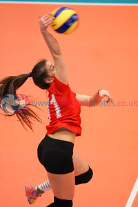 Su Ragazzi II 1 v 3 Caledonia West (19-25, 25-22, 23-25, 17-25), Women's Plate Final, University of Edinburgh Centre for Sport and Exercise, Sat 16 Apr 2016.  © Michael McConville  http://www.volleyballphotos.co.uk/2016/SCO/Cups/Womens-Plate-Final