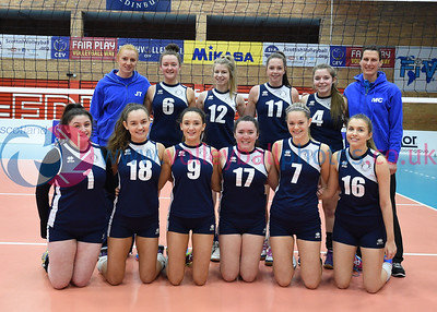 Marr College v City of Edinburgh, U18 Girls' Junior Super Cup Final., University of Edinburgh, Centre for Sport and Exercise, 17 April 2016.  © Lynne Marshall  http://www.volleyballphotos.co.uk/2016/SCO/JSVL/U18W-Super-Cup/