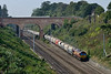 14 September 2016 :: 66164 is seen by the A4 Bridge at Sonning with 6A26 from Whatley to Hayes & Harlington