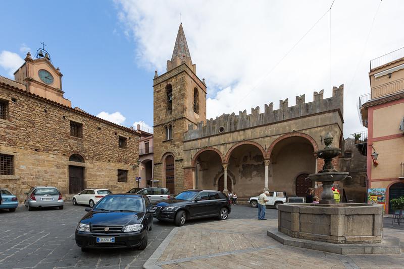 Piazza Margherita, Castelbueno