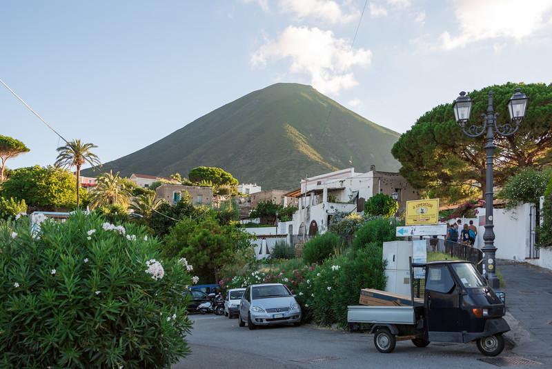 Monte Fossa delle Felci at 968 m is the highest peak in the Aolian Islands