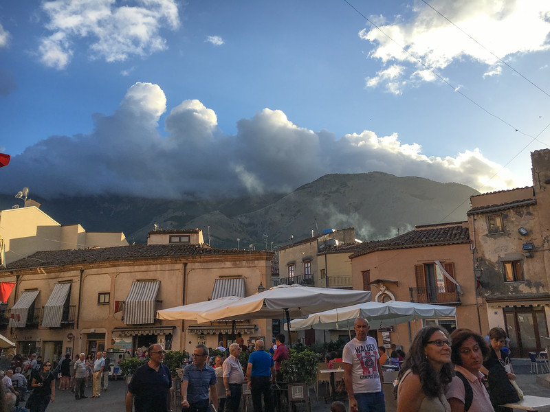 Clouds brewing in Castelbueno