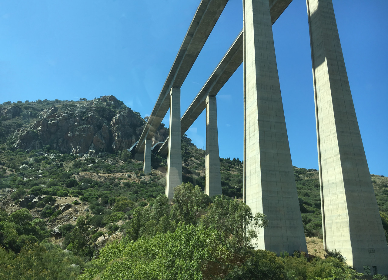 The elevated autostrade