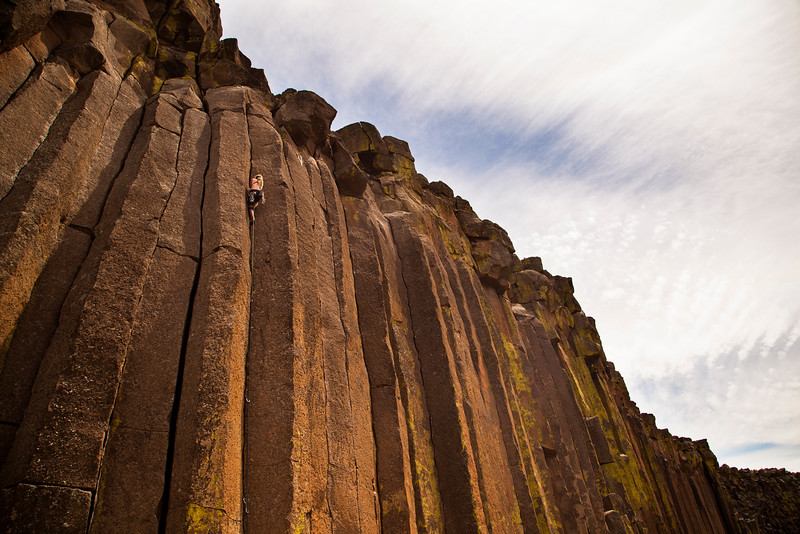 Noah ticks off another 5.10 trad lead with <i>Lively Up Yourself 5.10</i>.