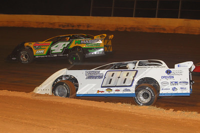 Greg Johnson (88) and Tommy Kerr (4T)