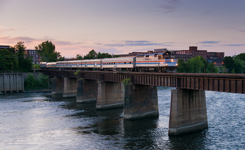The Amtrak Exhibit train resembling a through back to the Montrealer, likely the last time an F40 ran on the Conn River in Massachusetts.