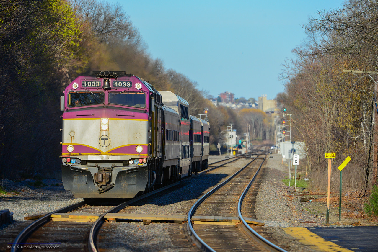 MBTA 1033 at Belmont.