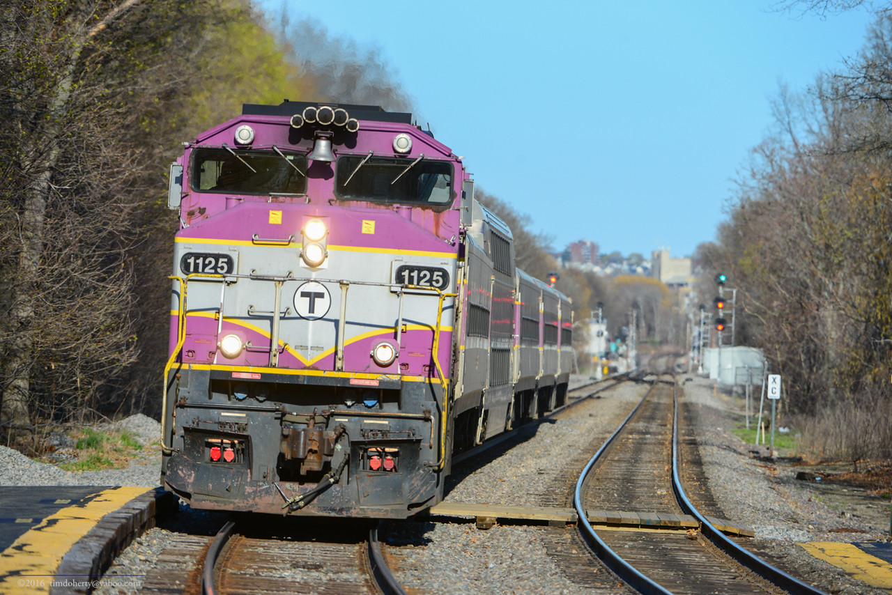 MBTA 1125 in Belmont.