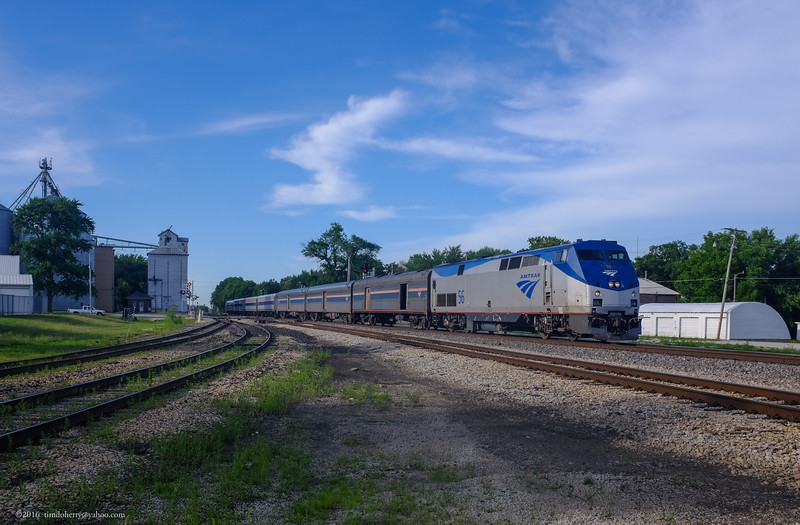 Amtrak's southbound Illini on the former IC Chicago Subdivision in Gilman, IL.