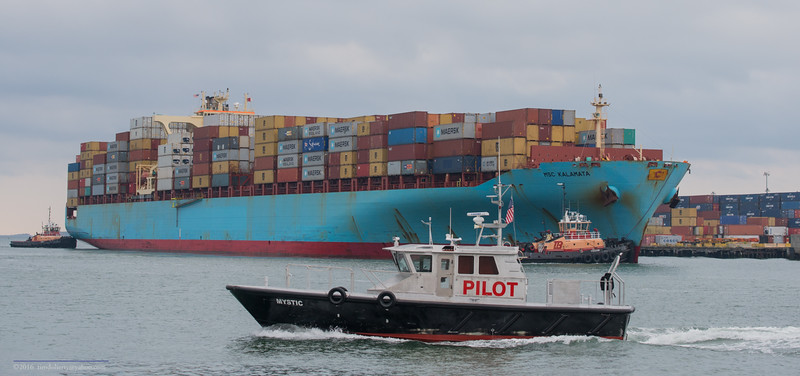 The Boston Harbor Pilot boat Mystic