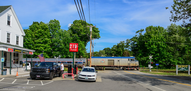 Downeaster 696 at East Kingston, New Hampshire.