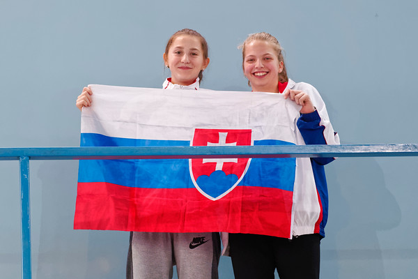 105 Supporting - Team Slovak Republic  - Tennis Europe Wintercups final girls 14 years and under 2016
